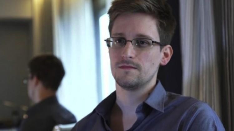 Edward-Snowden-